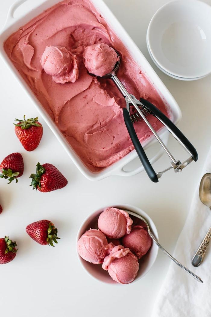 jagoda-sladoled-1-bonjourba