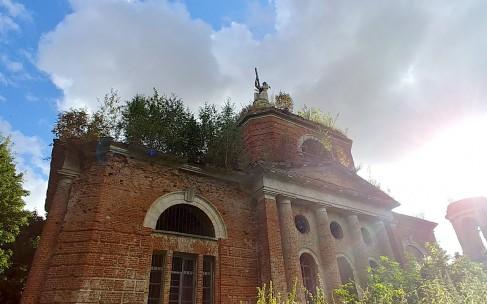 Маленькое село с большим храмом: Аксиньино