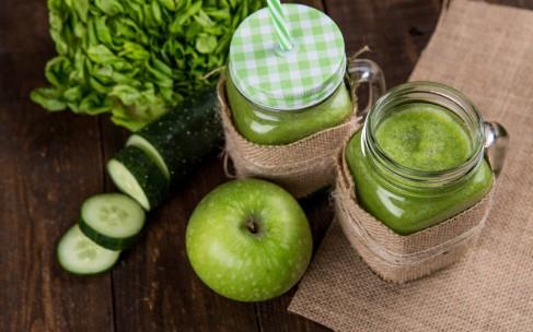 Рецепт за 3 минуты — яблочный смузи