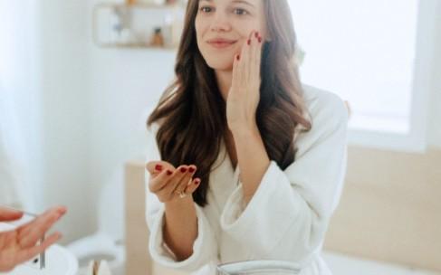 Каких ингредиентов стоит избегать в косметике?