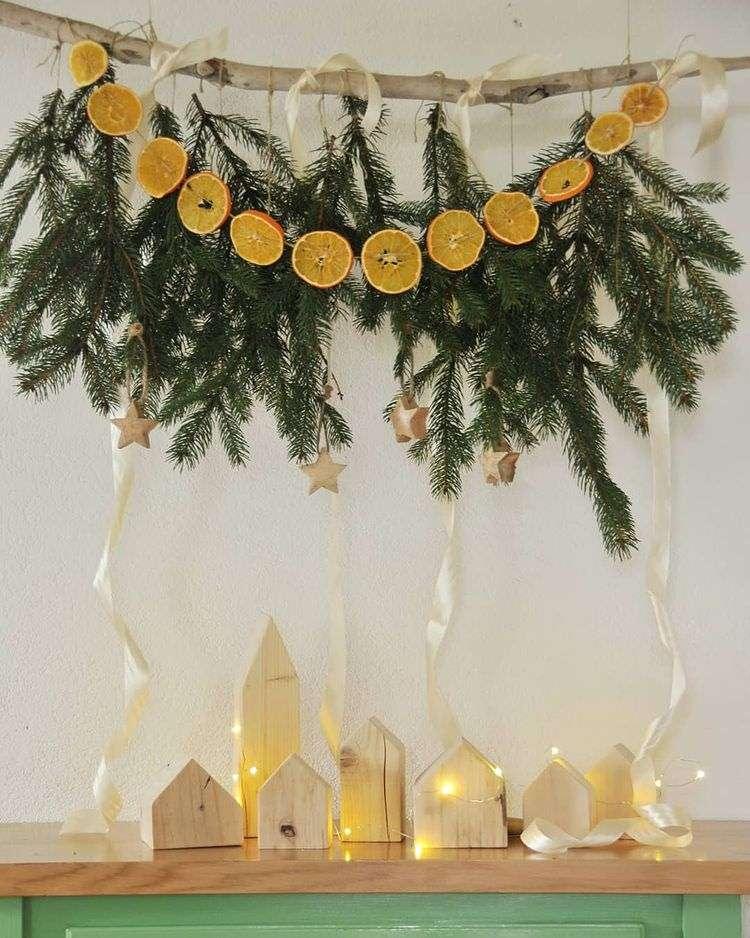 Как наполнить квартиру праздничным ароматом: новогодняя гирлянда
