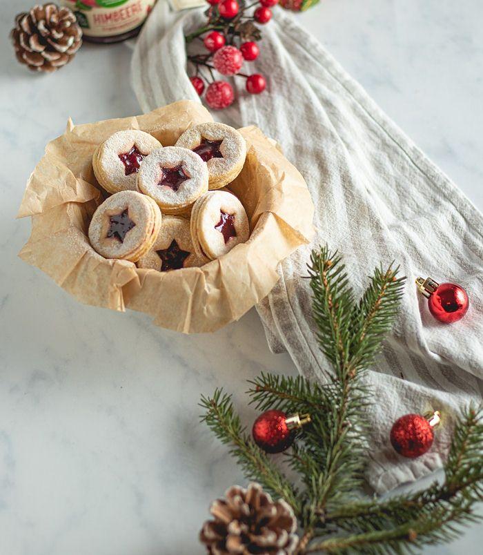 Праздничное печенье линцер