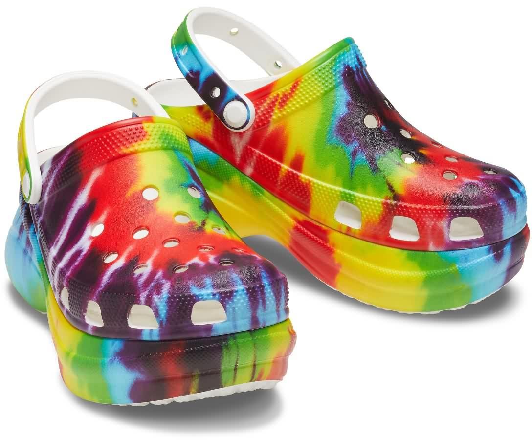 5 599 RUB CROCS Women's Classic Bae Tie-Dye Graphic Clog 17-crocs-crocs2