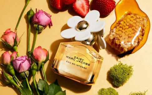 Marc Jacobs Daisy Eau So Intense