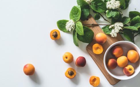 В каких фруктах содержится белок?