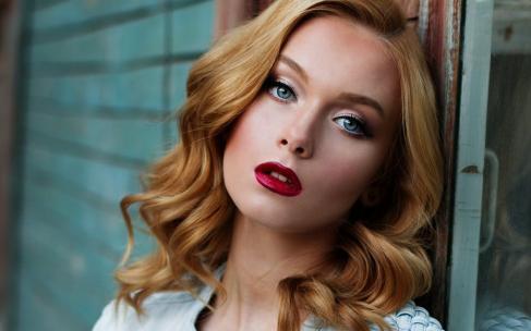 Антивозрастной макияж: что поможет вам выглядеть моложе?