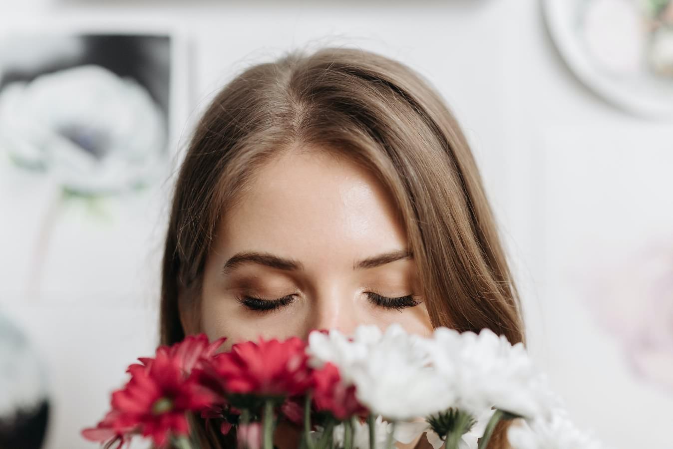 Чего хотят женщины: идеальные подарки к 8 марта