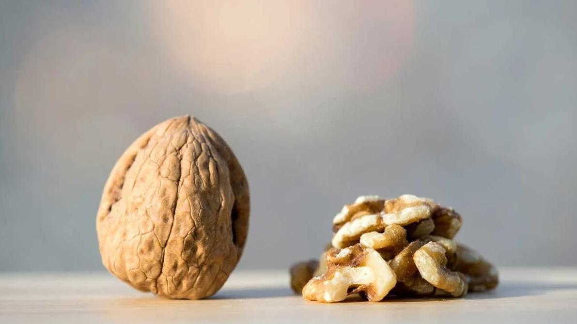 Зачем нужно есть грецкие орехи каждый день?