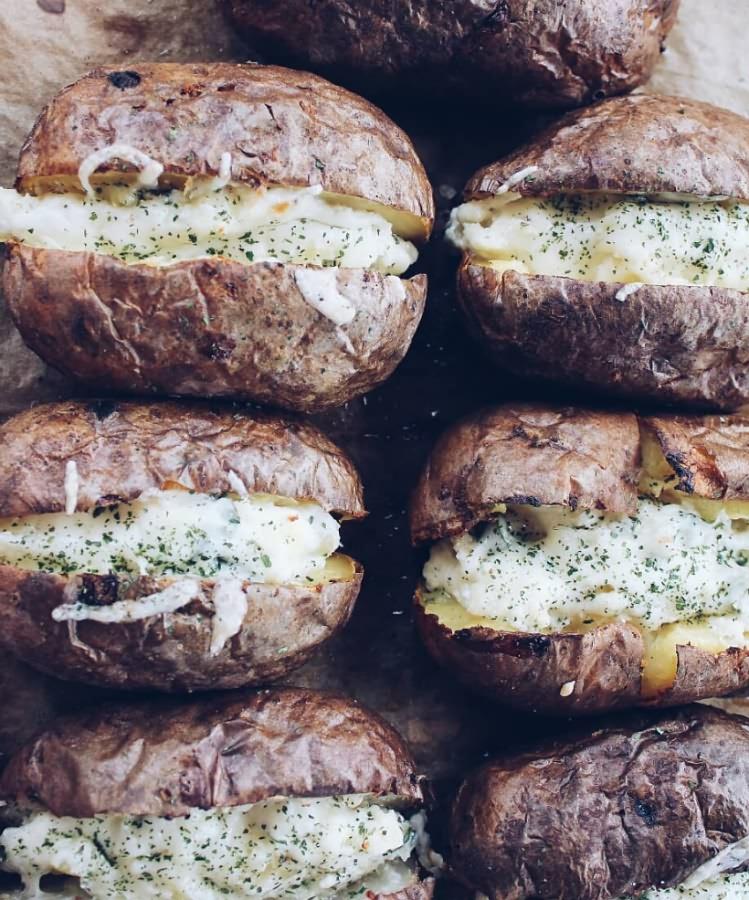 Печеная картошка с начинкой — пошаговый рецепт