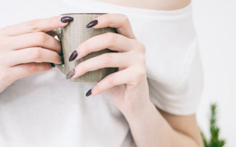 Цвет лака по форме ногтя: ваше идеальное сочетание!