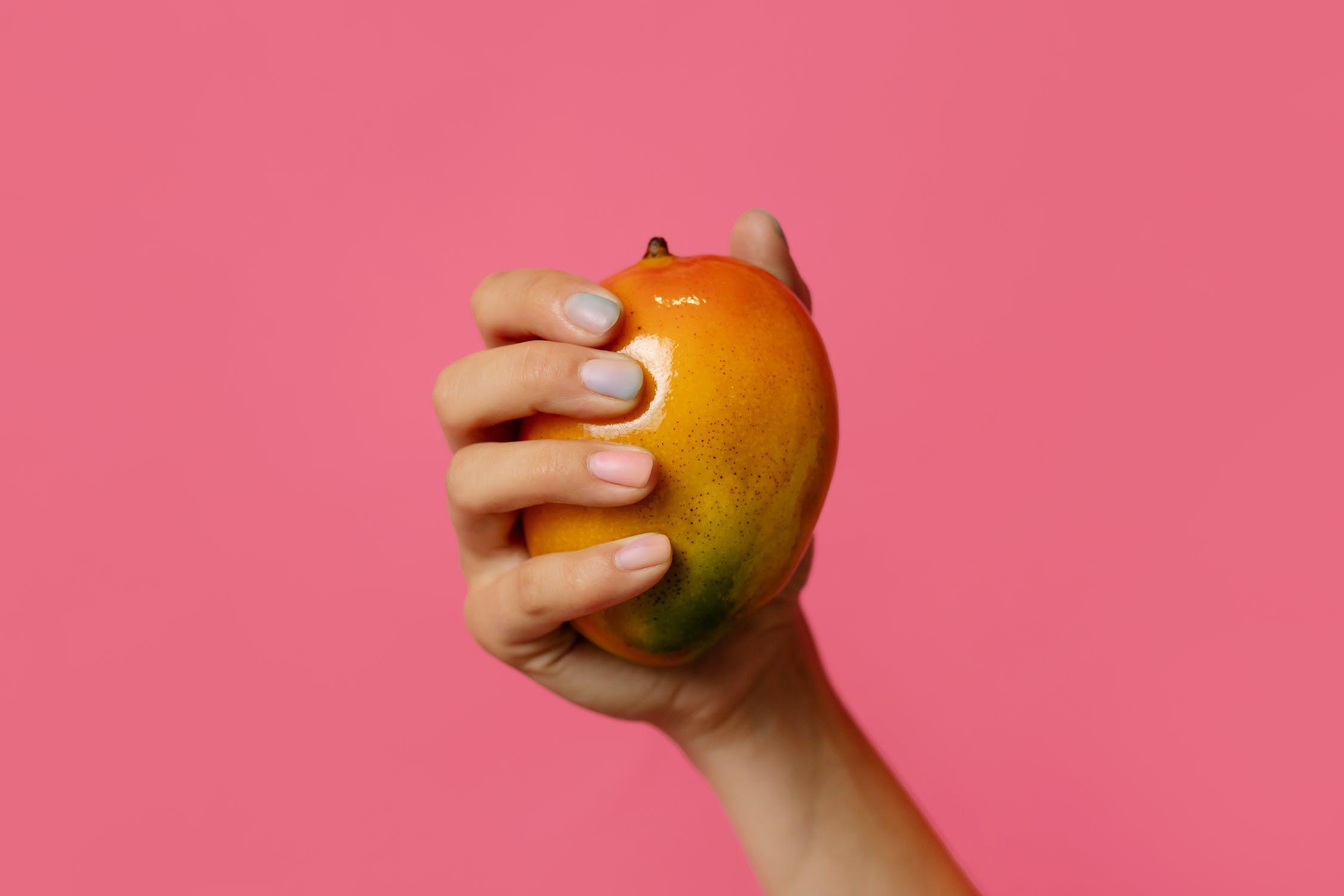Удивительное масло манго: свойства и применение