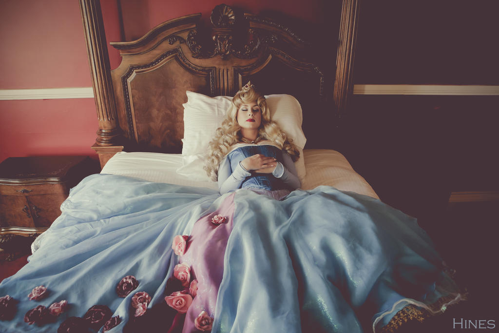 sleeping_beauty_by_thereallittlemermaid_d9865ck-fullview