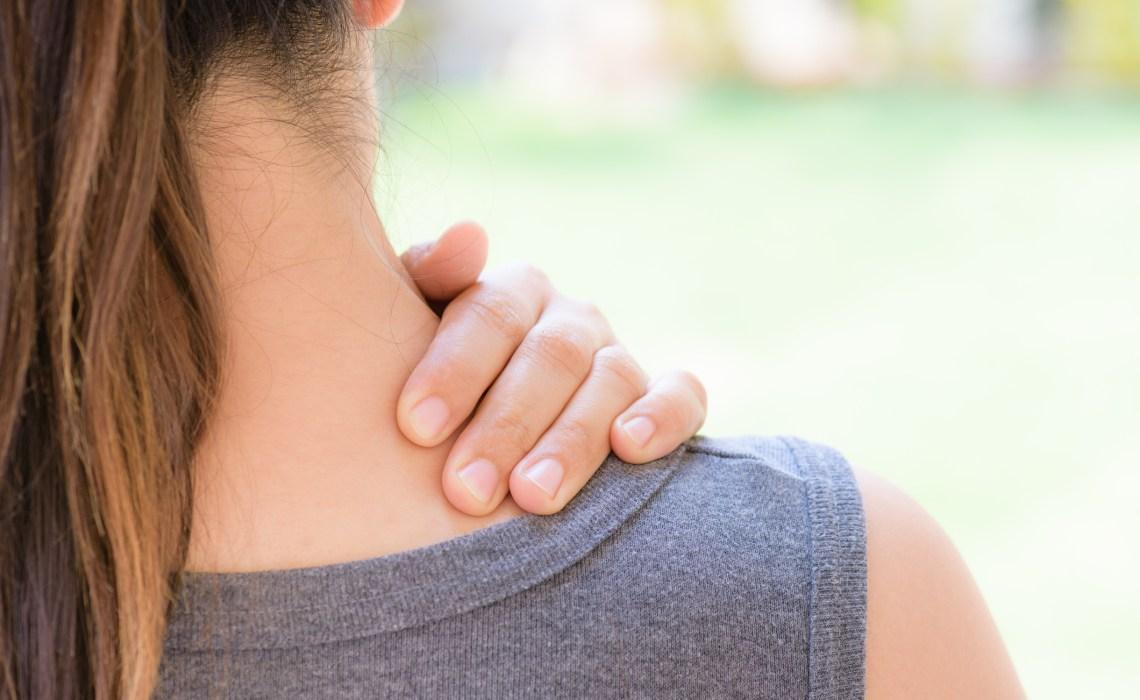 ThinkstockPhotos-933345268-douleur-épaule-articulation