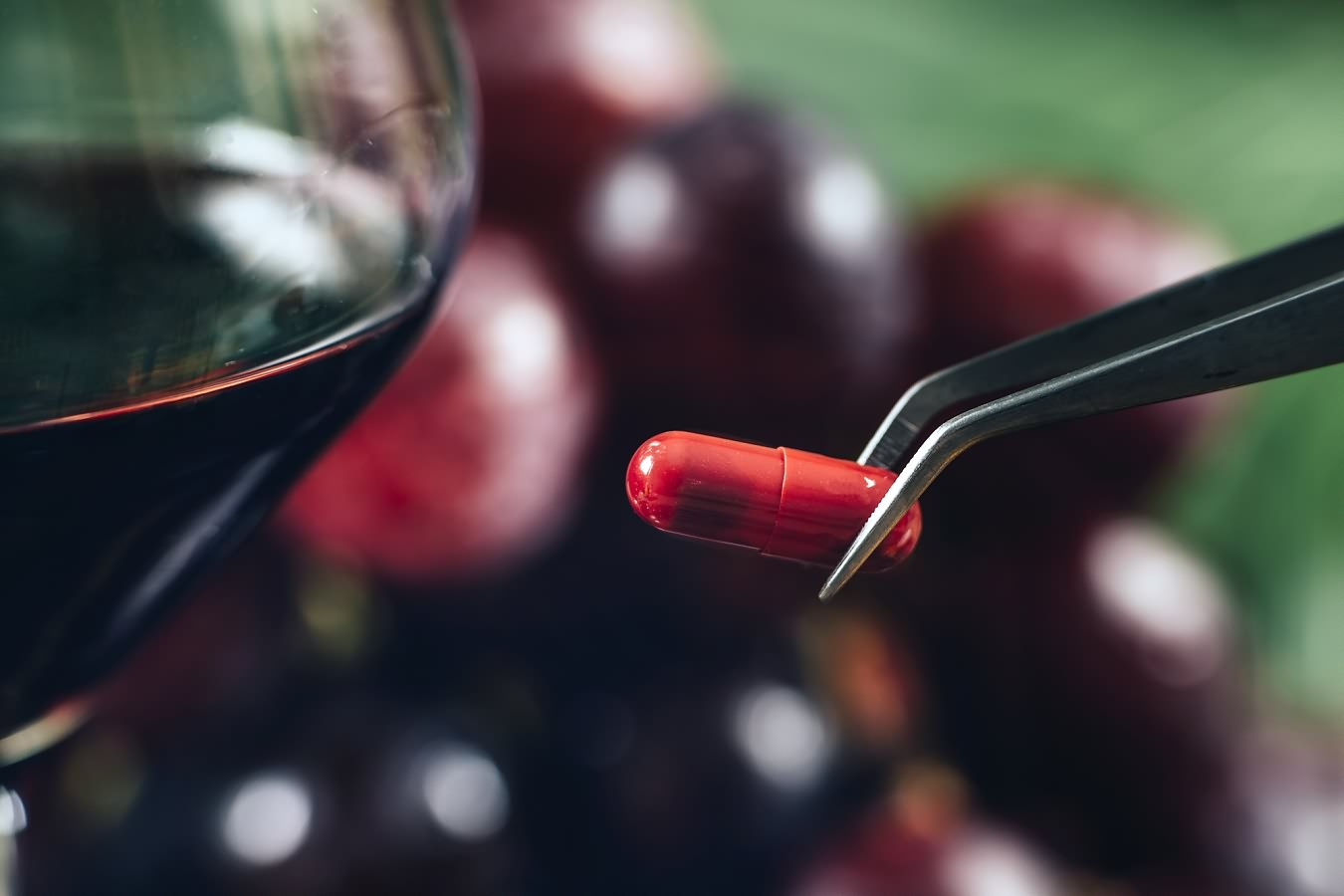 What-is-Resveratrol-Dosage-Side-Effects-Foods-Sources