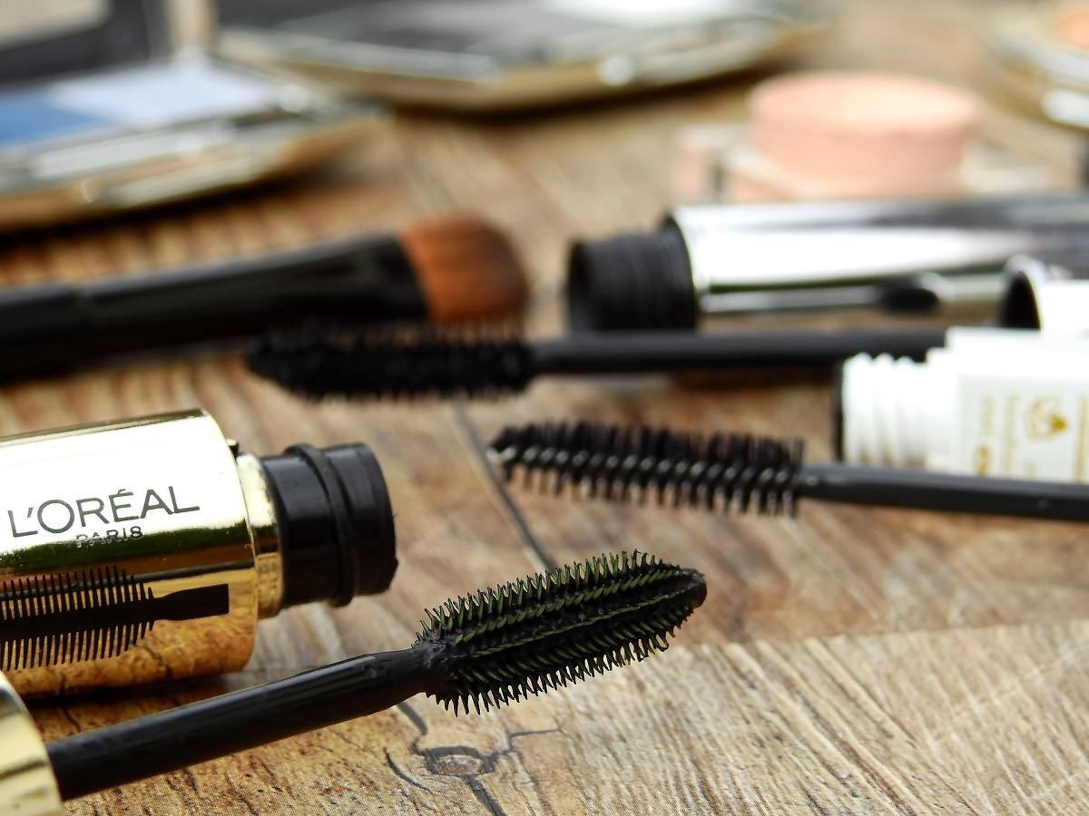 cosmetics-2116398_1920