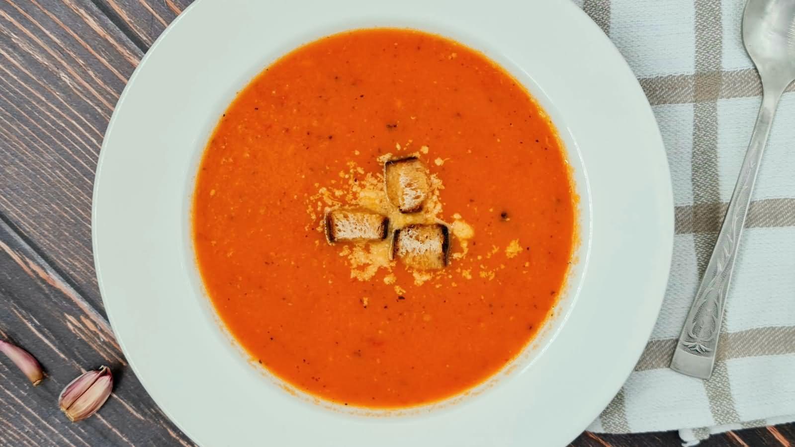 Суп-пюре из печеных помидоров