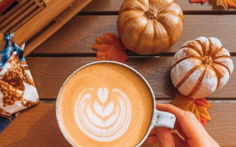 Осенний рецепт: пряный тыквенный латте